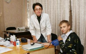 Двічі на рік усі вихованці інтернату                                   проходять поглиблений медичний огляд